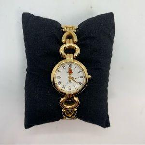 NEW DISNEY 'Winnie the Pooh' Quartz Bracelet Watch